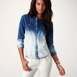 American Eagle Outfitters Ombré Demin Shirt